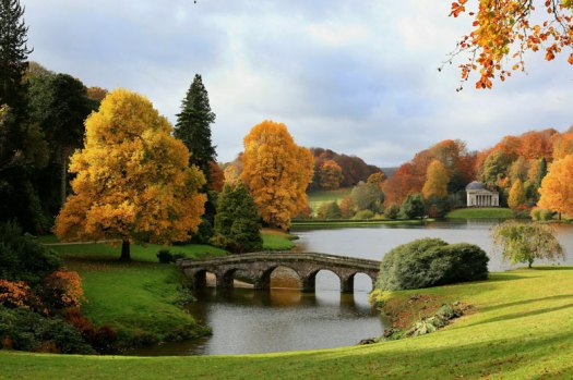 Stourhead-Autumn-landscap-002